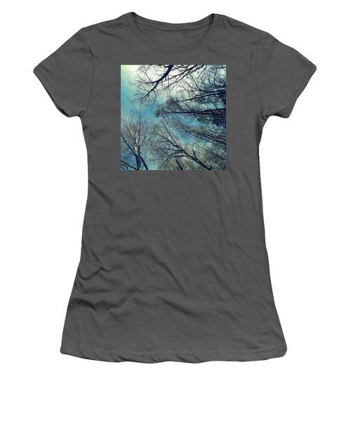 Women's T-Shirt (Junior Cut) featuring the photograph Up by Tammy Schneider