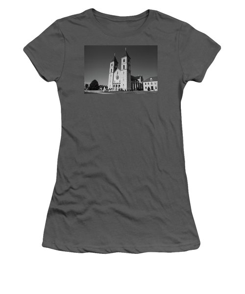 Women's T-Shirt (Junior Cut) featuring the photograph Victoria, Kansas - Cathedral Of The Plains 6 Bw by Frank Romeo