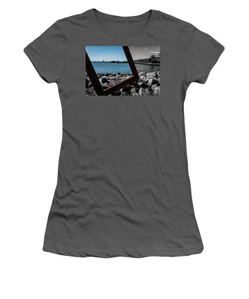 Vintage Light Women's T-Shirt (Athletic Fit)