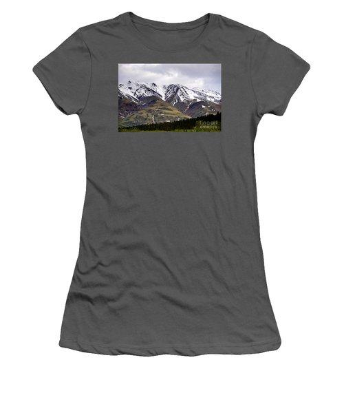 Visit Alaska Women's T-Shirt (Athletic Fit)