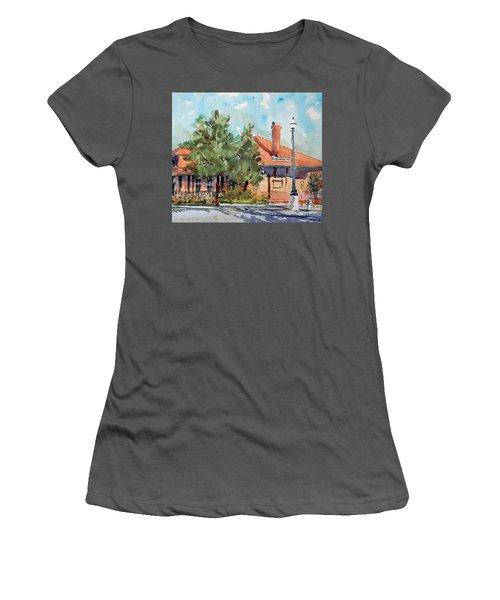Waxachie Train Station Women's T-Shirt (Junior Cut)