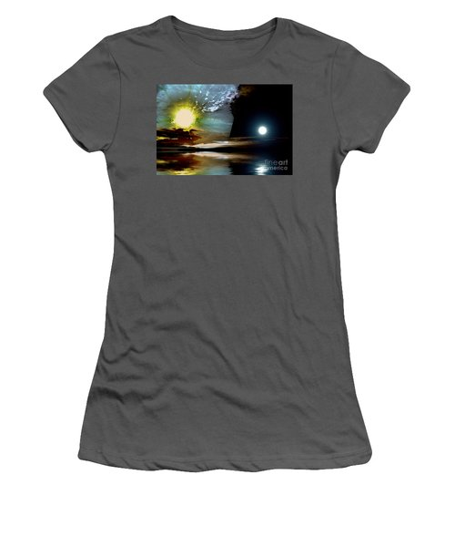 Welcome Beach Day And Night Women's T-Shirt (Athletic Fit)