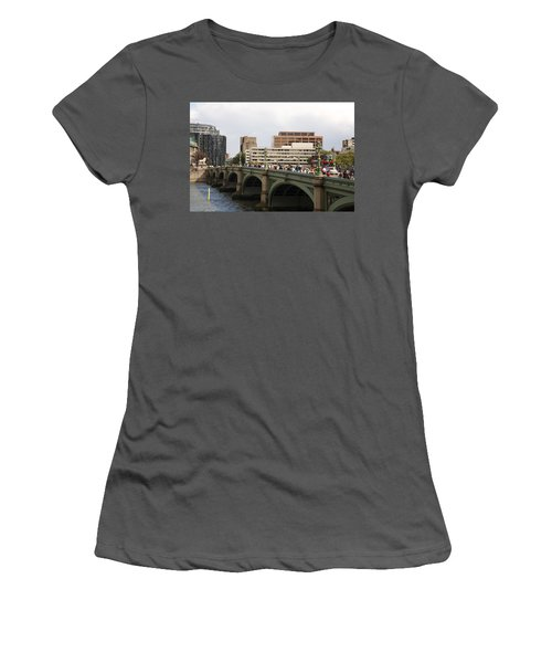 Westminster Bridge.  Women's T-Shirt (Athletic Fit)