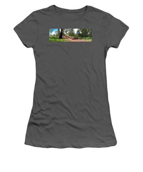 Women's T-Shirt (Junior Cut) featuring the photograph Wilpena Pound Homestead by Bill Robinson