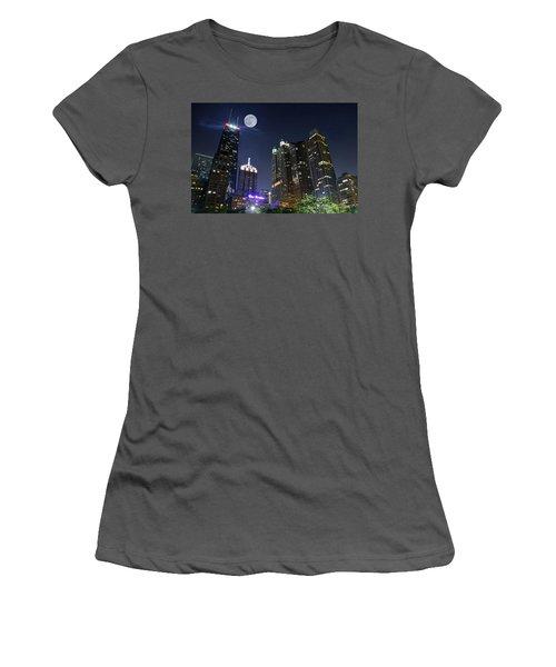 Windy City Women's T-Shirt (Athletic Fit)