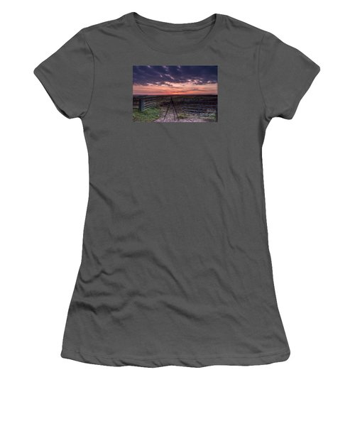 Wolds Sunset 2 Women's T-Shirt (Athletic Fit)