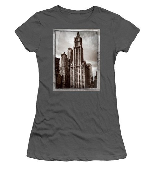 Woolworh Building 2008. Women's T-Shirt (Athletic Fit)