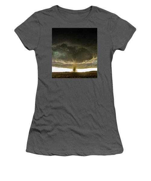 Wray Colorado Tornado 060 Women's T-Shirt (Athletic Fit)