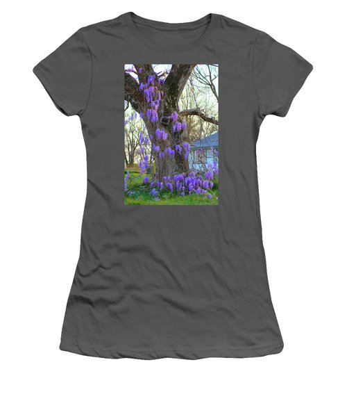 Wysteria Tree Women's T-Shirt (Athletic Fit)