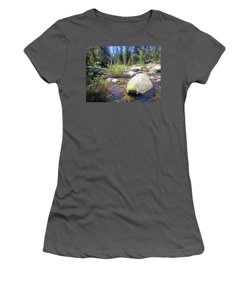 Yosemite 9 Women's T-Shirt (Athletic Fit)