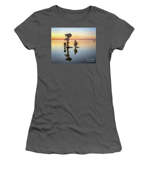 Zen Art Women's T-Shirt (Athletic Fit)
