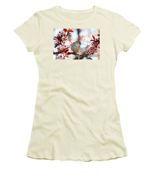 Beautiful Sparrow Women's T-Shirt (Athletic Fit)