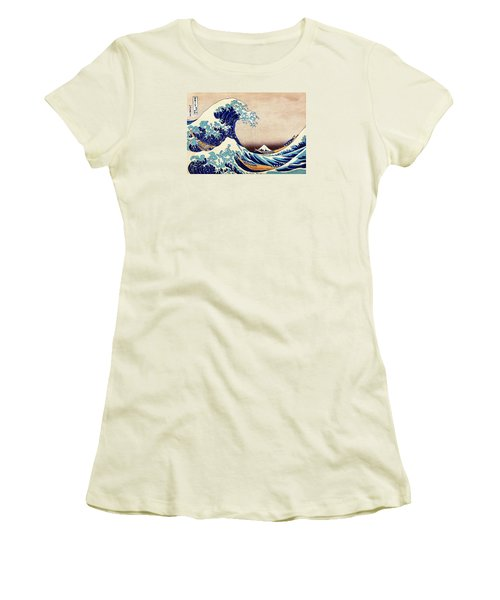 Great Wave Off Kanagawa Women's T-Shirt (Athletic Fit)