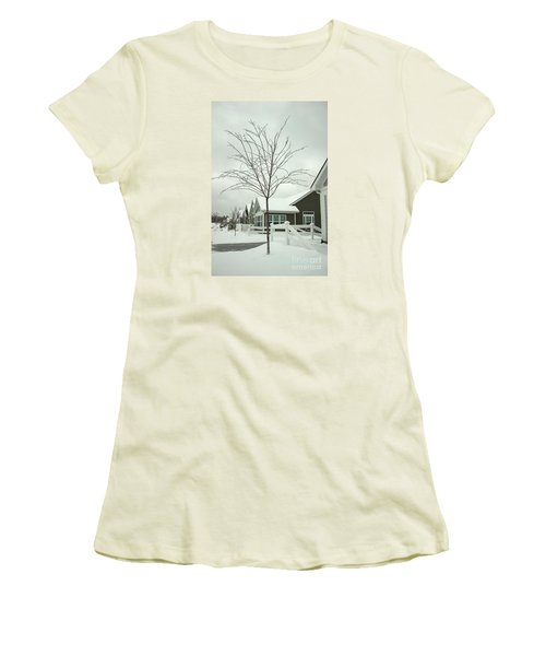 Hello Snow Women's T-Shirt (Athletic Fit)