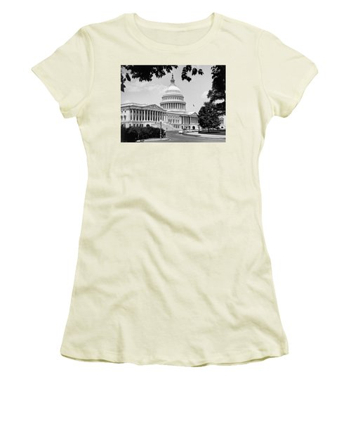 The Capitol Building Women's T-Shirt (Athletic Fit)