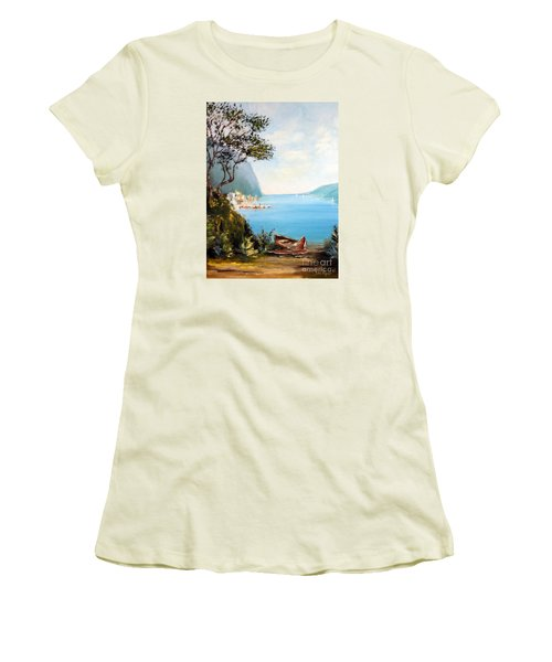 A Boat On The Beach Women's T-Shirt (Athletic Fit)