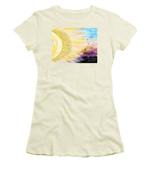 Anche Per Te Sorgera' Il Sole Women's T-Shirt (Junior Cut) by Loredana Messina