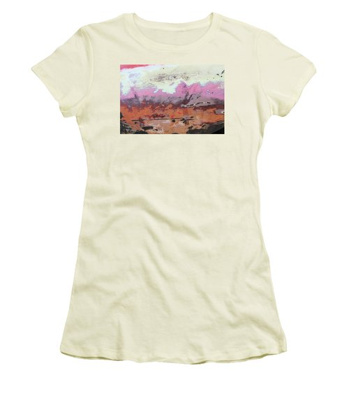 Ap24 O Women's T-Shirt (Athletic Fit)