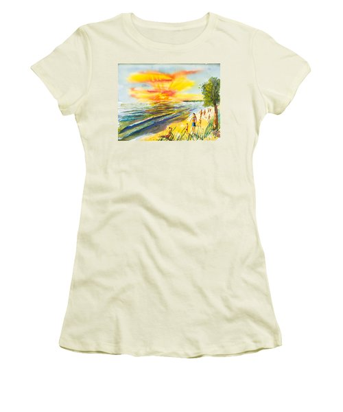 California Sunset Women's T-Shirt (Athletic Fit)
