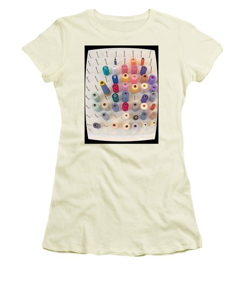 De Klos - Spooled Women's T-Shirt (Athletic Fit)