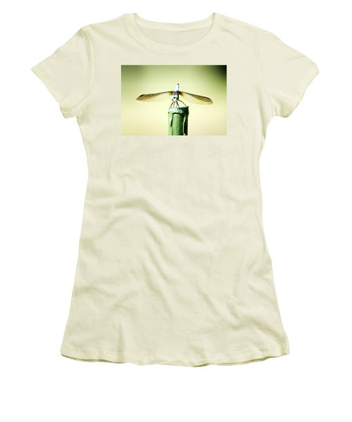 Dragonfly Women's T-Shirt (Junior Cut)
