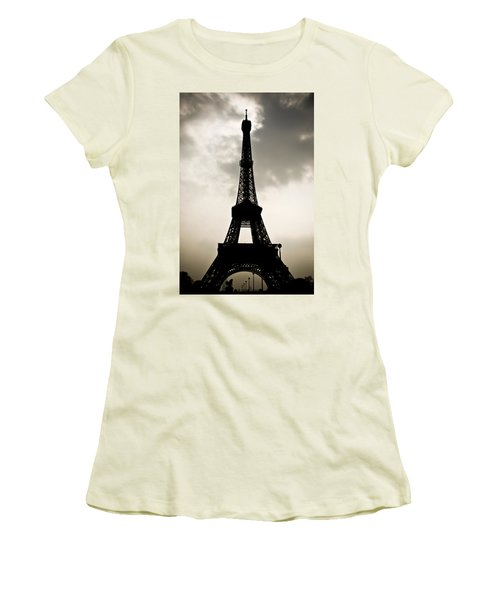 Eiffel Tower Silhouette Women's T-Shirt (Athletic Fit)