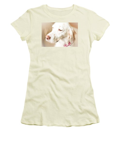English Setter In Natural Light Women's T-Shirt (Athletic Fit)