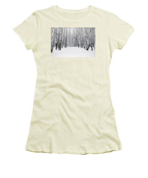 Green Bench Women's T-Shirt (Junior Cut) by Alexander Senin
