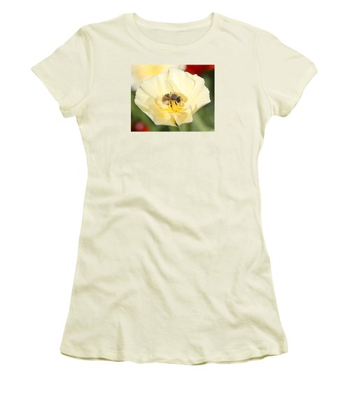 Honeybee On Cream Poppy Women's T-Shirt (Athletic Fit)