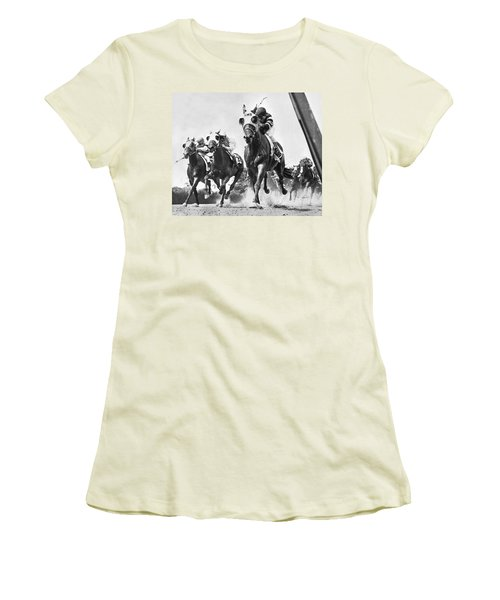 Horse Racing At Belmont Park Women's T-Shirt (Athletic Fit)
