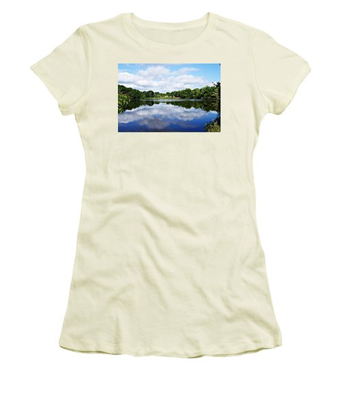 Lagoon IIi Women's T-Shirt (Athletic Fit)