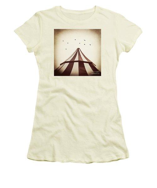 Le Carnivale Women's T-Shirt (Junior Cut) by Trish Mistric