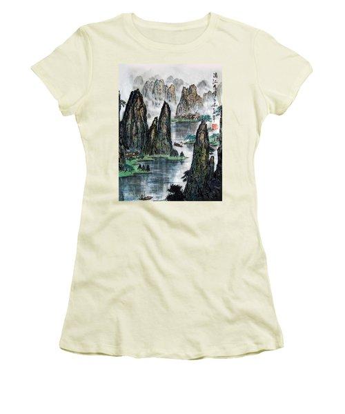 Li River Women's T-Shirt (Athletic Fit)