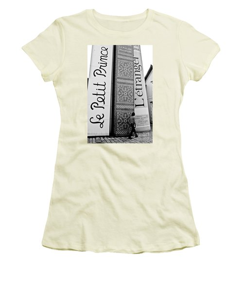 Little Prince And L'etranger Women's T-Shirt (Athletic Fit)