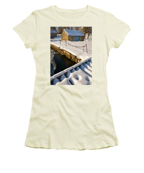 Morning Snow Women's T-Shirt (Athletic Fit)