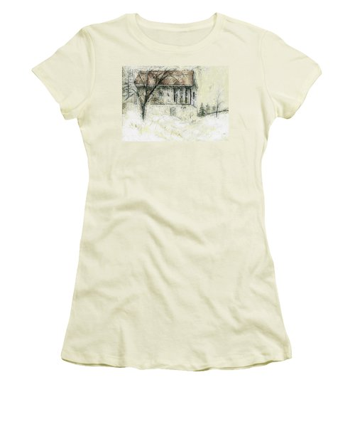 Caledon Barn Women's T-Shirt (Athletic Fit)
