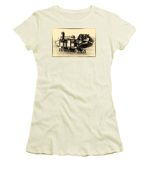 Old Case Thresher Women's T-Shirt (Athletic Fit)
