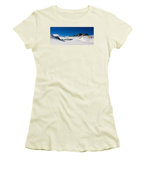 On Fox Glacier Women's T-Shirt (Athletic Fit)