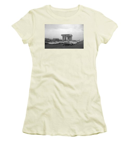 P O N Y A Building Women's T-Shirt (Athletic Fit)