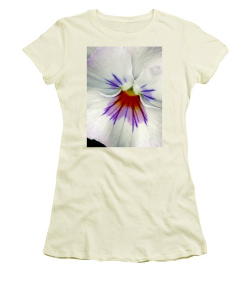 Pansy Flower 11 Women's T-Shirt (Athletic Fit)