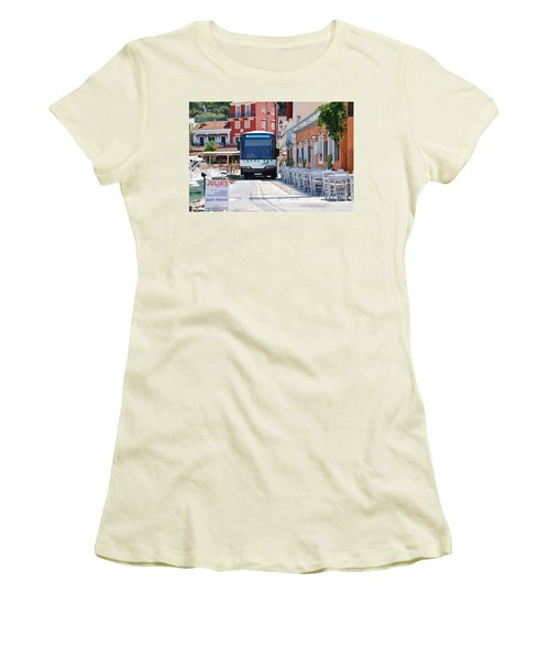 Paxos Island Bus Women's T-Shirt (Athletic Fit)
