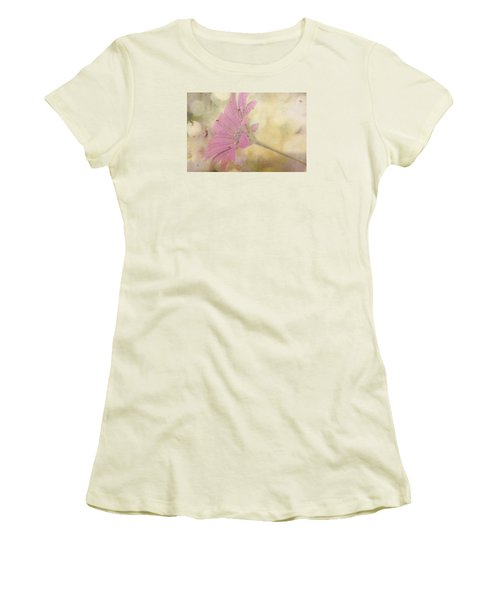 Pink Textured Gazania Women's T-Shirt (Athletic Fit)