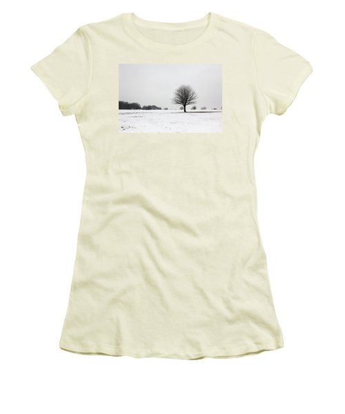 Snow On Epsom Downs Surrey England Uk Women's T-Shirt (Athletic Fit)
