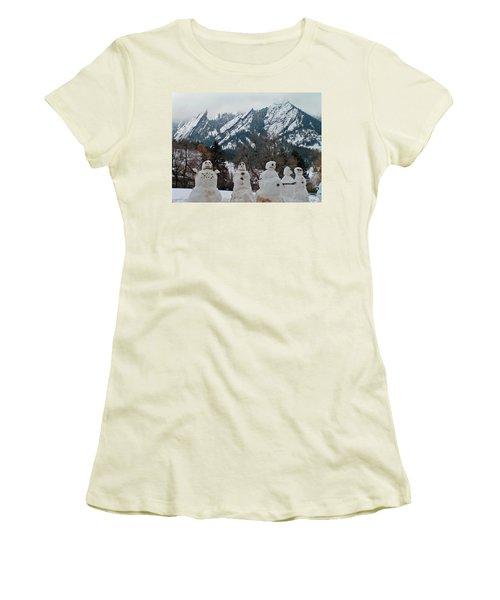 Flatiron Snowmen. Women's T-Shirt (Athletic Fit)