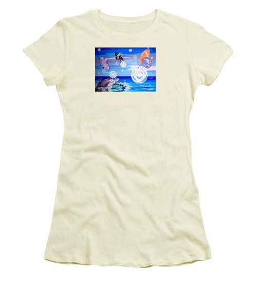 Stay And Play Women's T-Shirt (Junior Cut) by Phyllis Kaltenbach