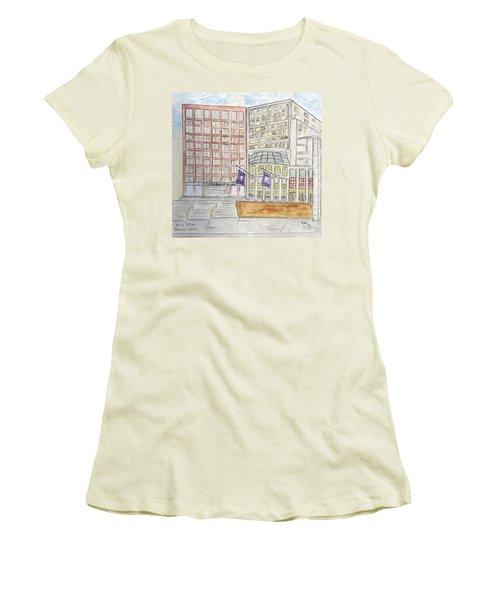 Nyu Stern School Of Business Women's T-Shirt (Junior Cut) by AFineLyne