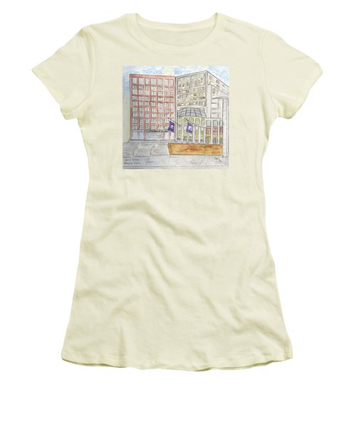 Nyu Stern School Of Business Women's T-Shirt (Athletic Fit)