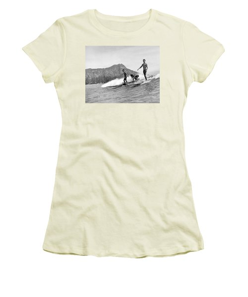Surfing In Honolulu Women's T-Shirt (Athletic Fit)