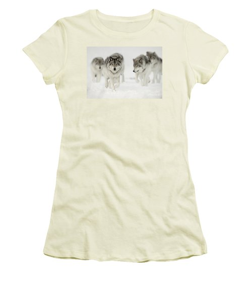 Timber Wolf Pictures 65 Women's T-Shirt (Athletic Fit)