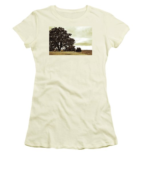 Tree At End Of Runway Women's T-Shirt (Athletic Fit)